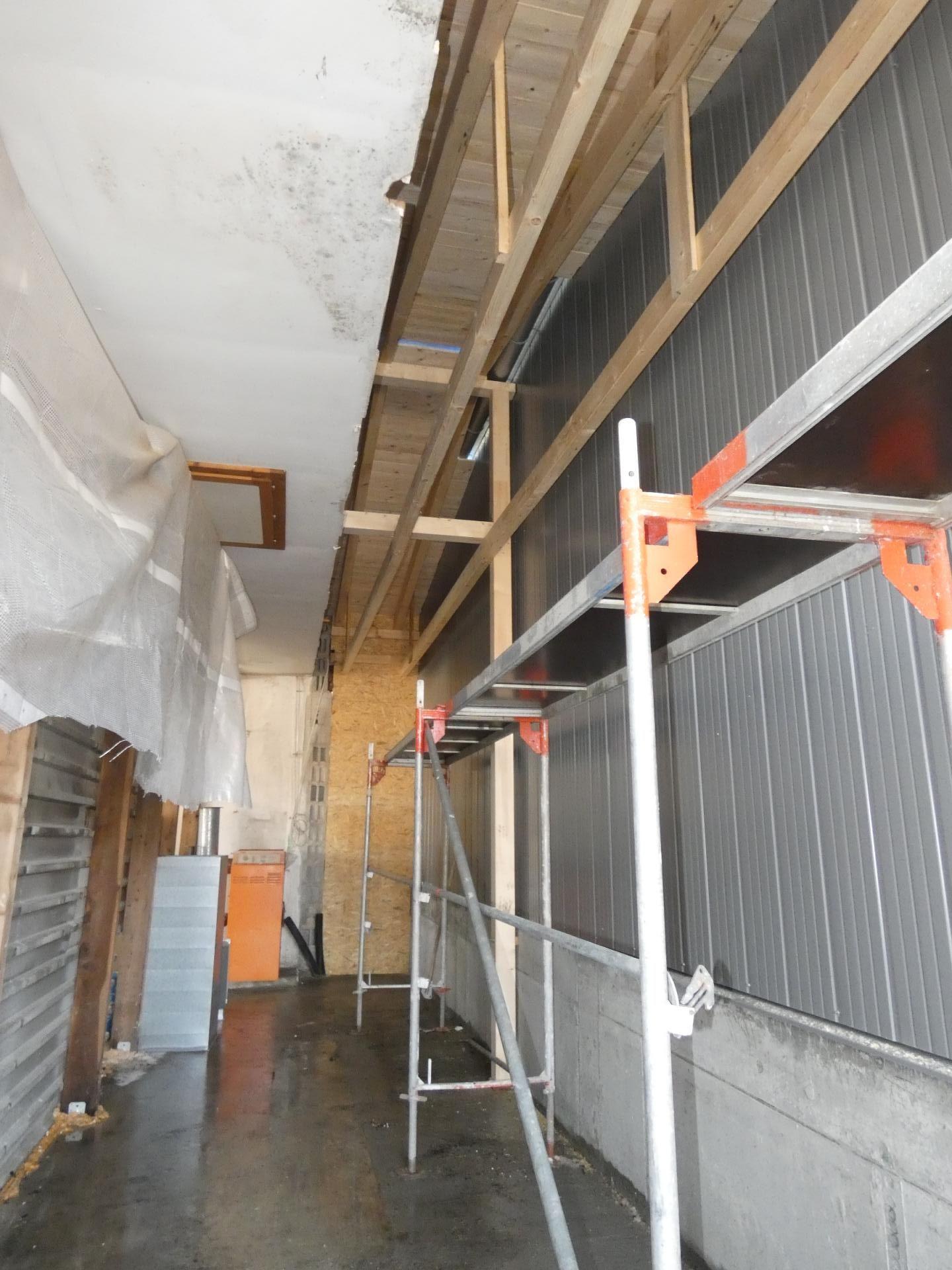Verbindung neue Halle und alter Bau 03
